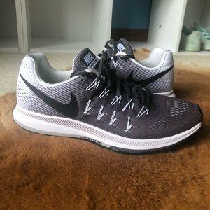 Nike Zoom Pegasus 33 Running Shoes Women's 8